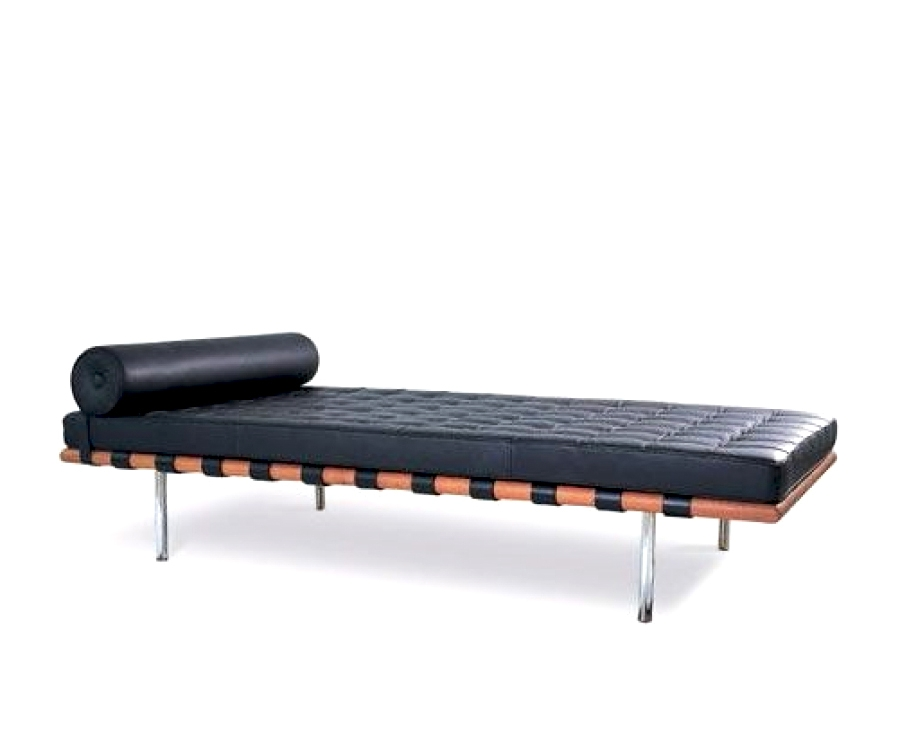 i i mies van der rohe 258 liege day bed 1 950 made in italy. Black Bedroom Furniture Sets. Home Design Ideas
